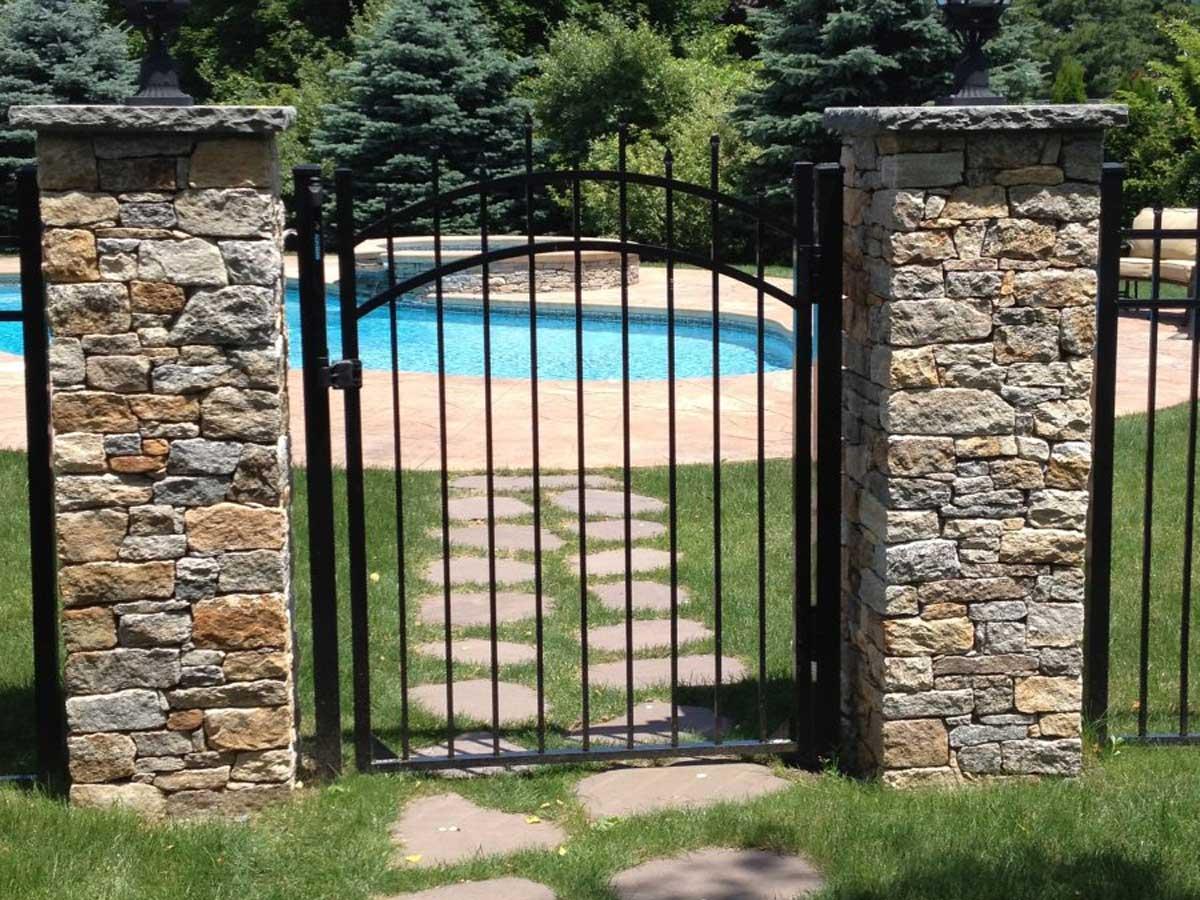 outdoor pool fencing