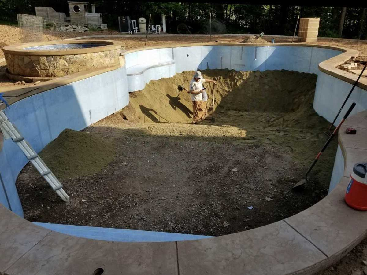 building of in ground pool